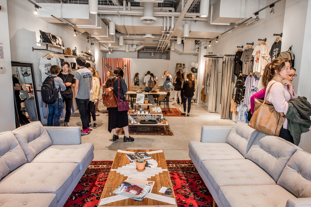 Entrepreneurship Students Partner With Nashville Fashion Alliance To Open New Boutique Belmont University News Media
