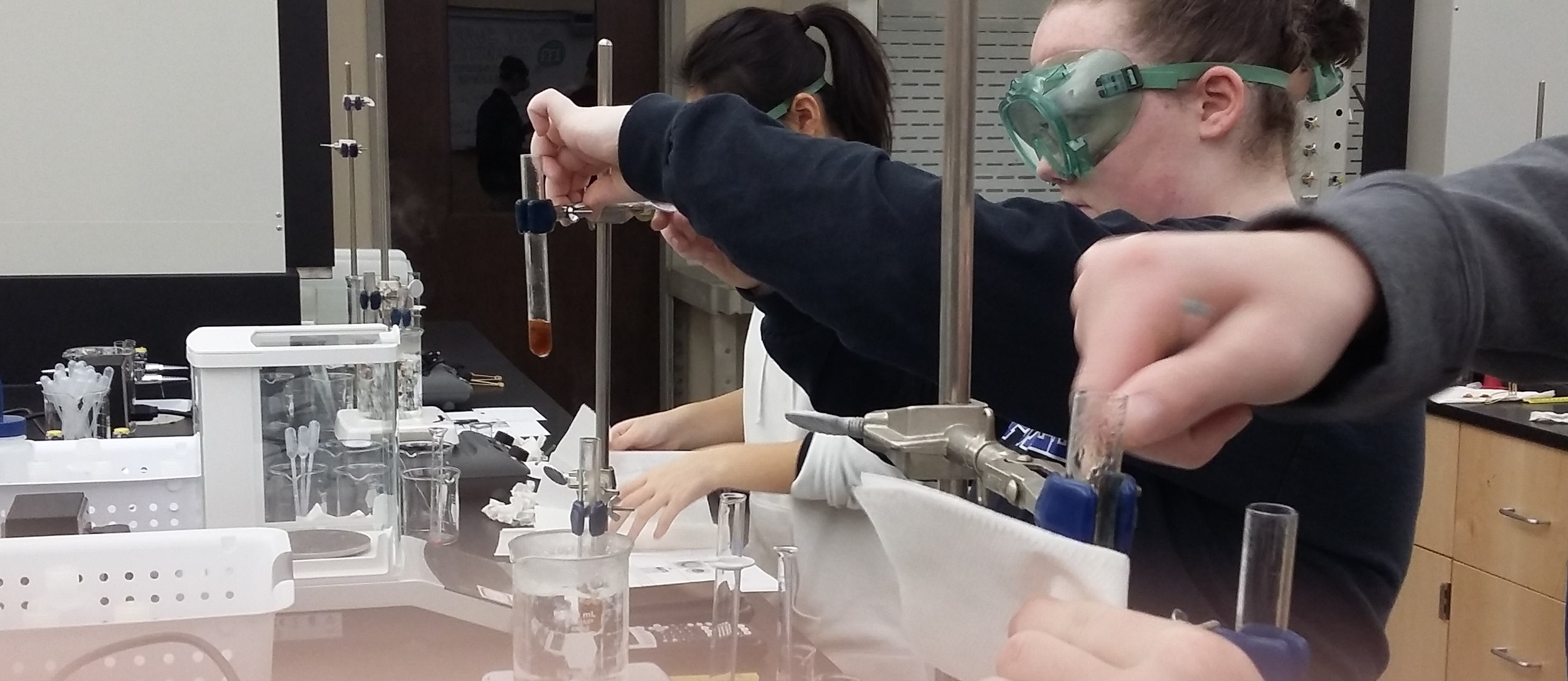 Department of Chemistry and Physics Hosts Workshops for High